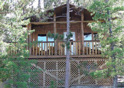 cabin-10-750