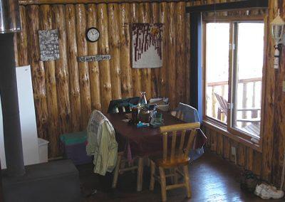cabin-10-inside-2