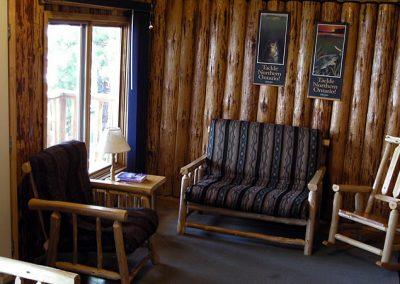 cabin-10-inside-3