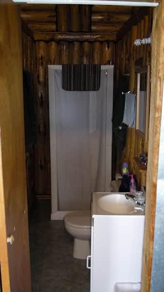 cabin-10-inside-6