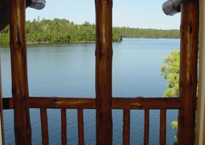 cabin-4-balcony